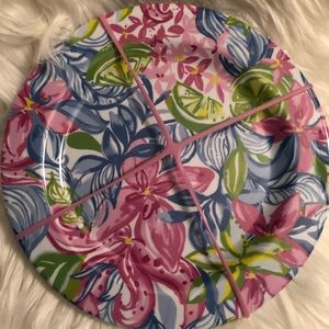 New set of 4 Lilly Pulitzer plates